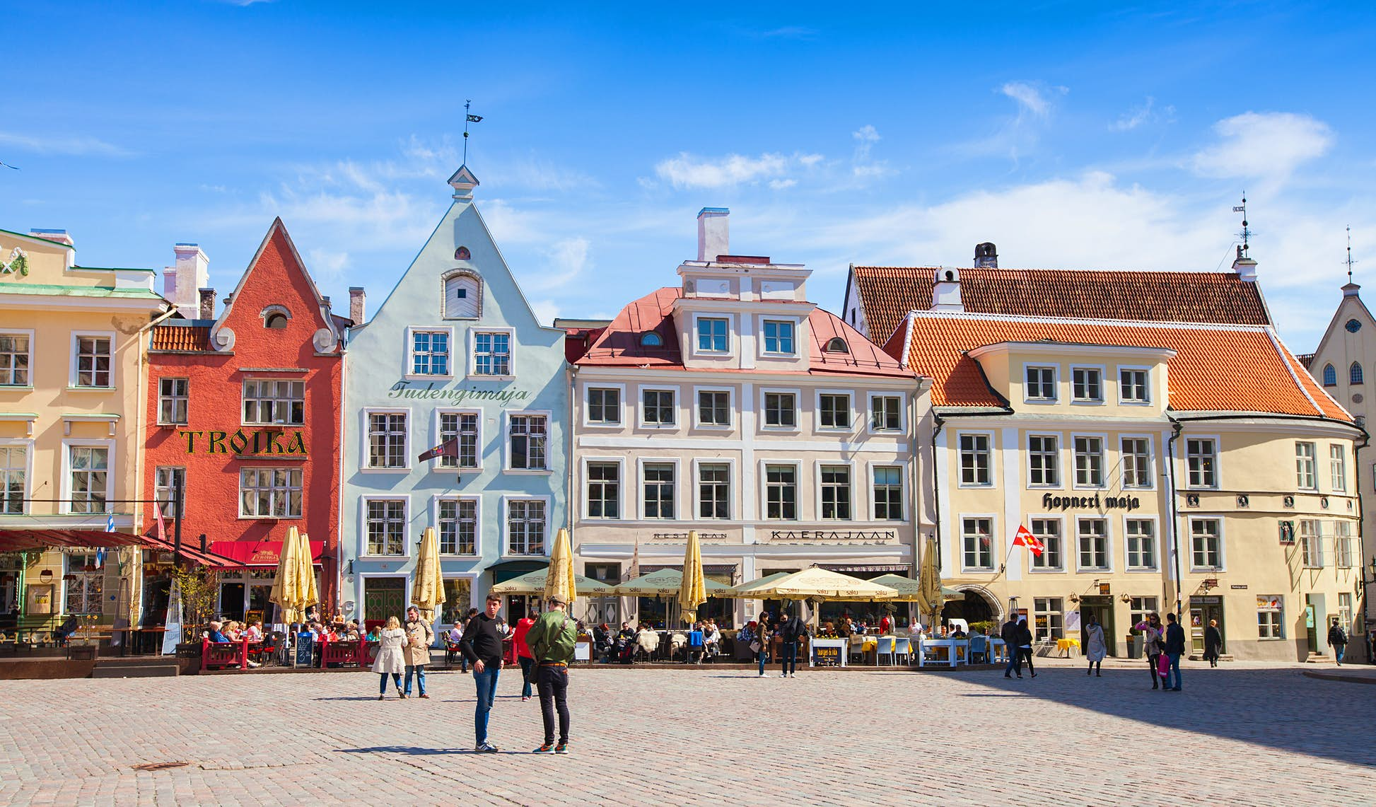 Town Hall square in central old Tallinn © Evannovostro/Shutterstock