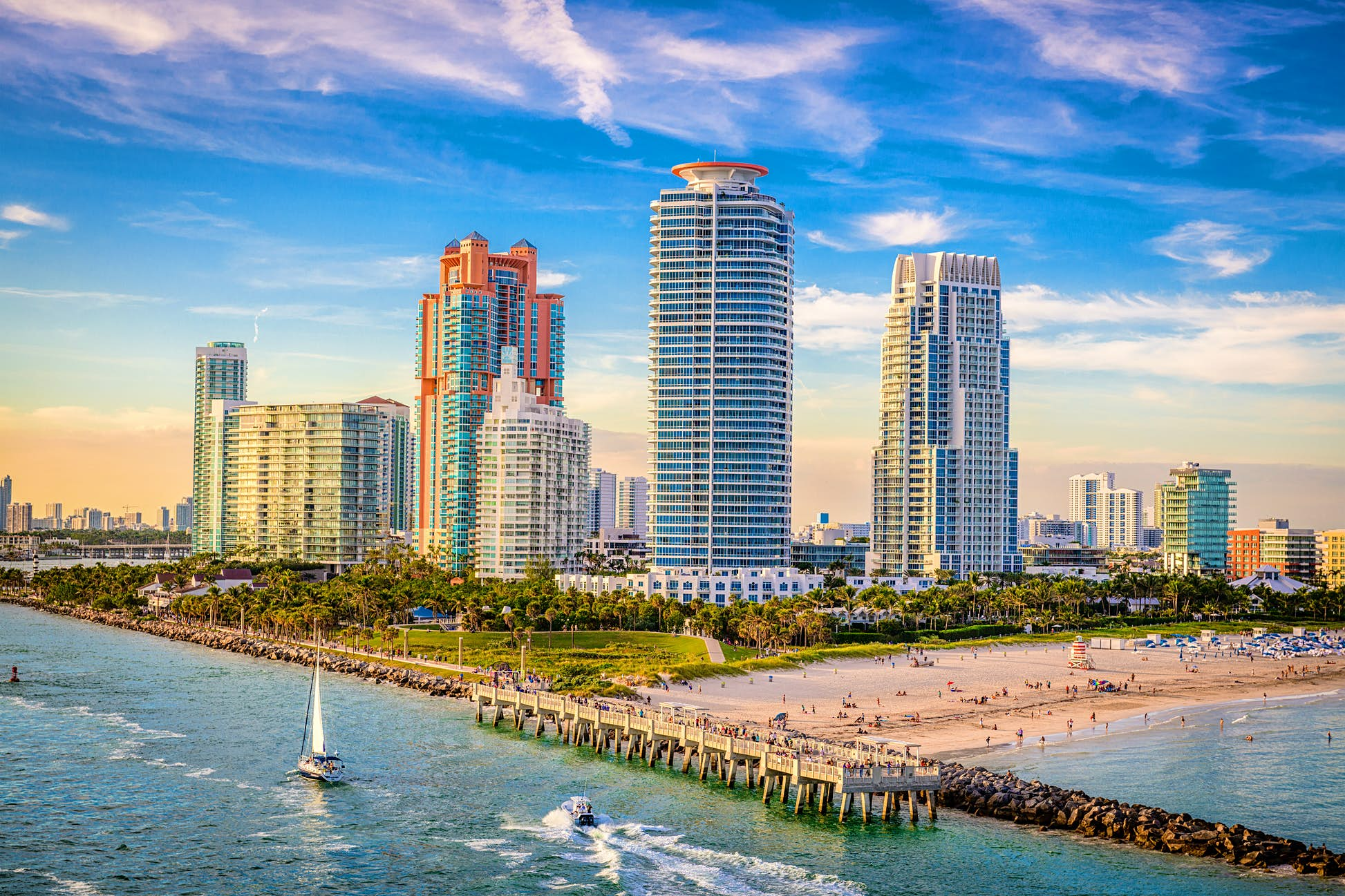Arrivals from the tri-state area are required to self-isolate upon arriving in Florida ©Sean Pavone/Shutterstock