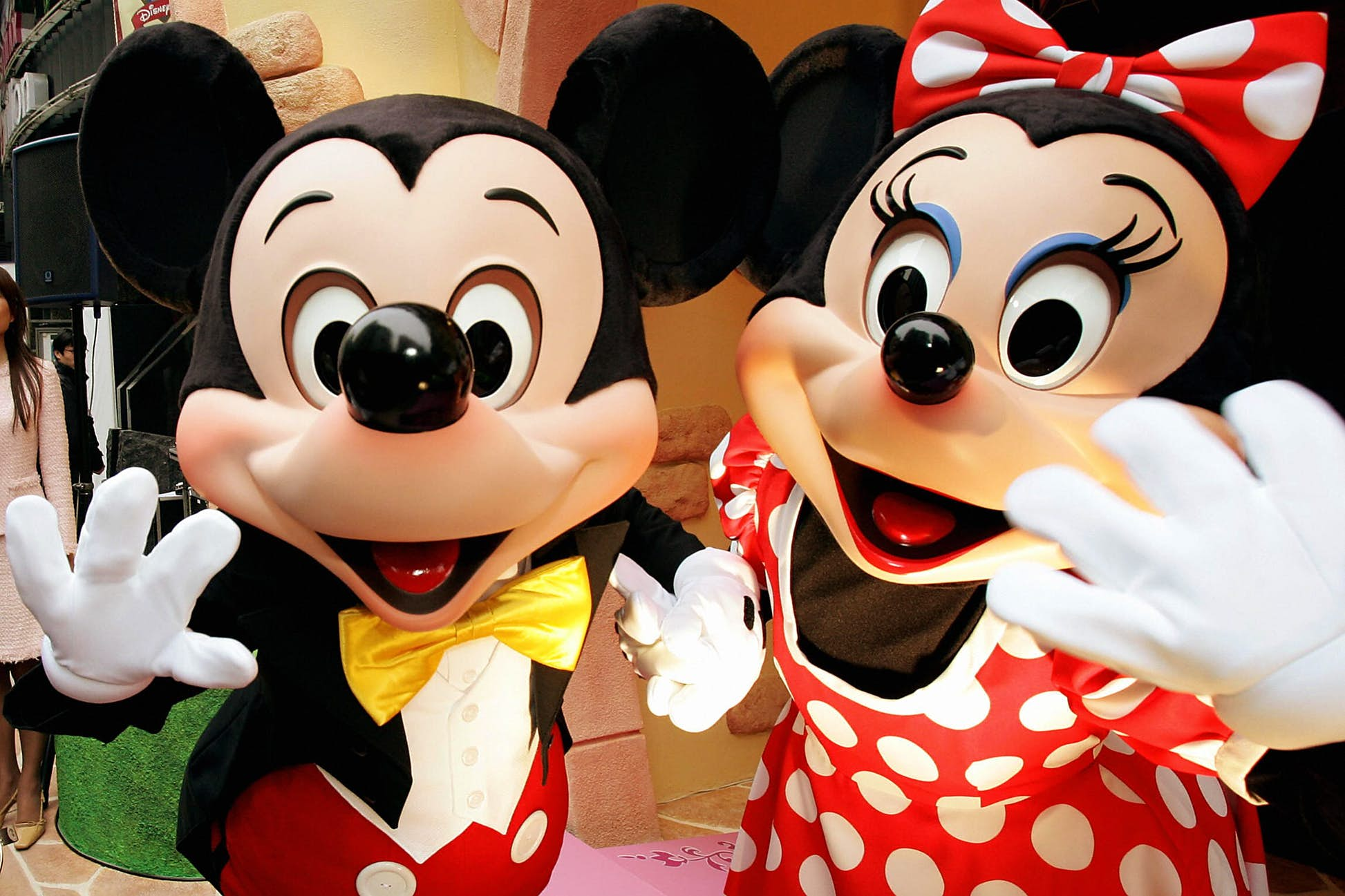 Visitors won't be able to meet and greet the Disney characters for the moment © Yoshikazu Tsuno/AFP via Getty Images