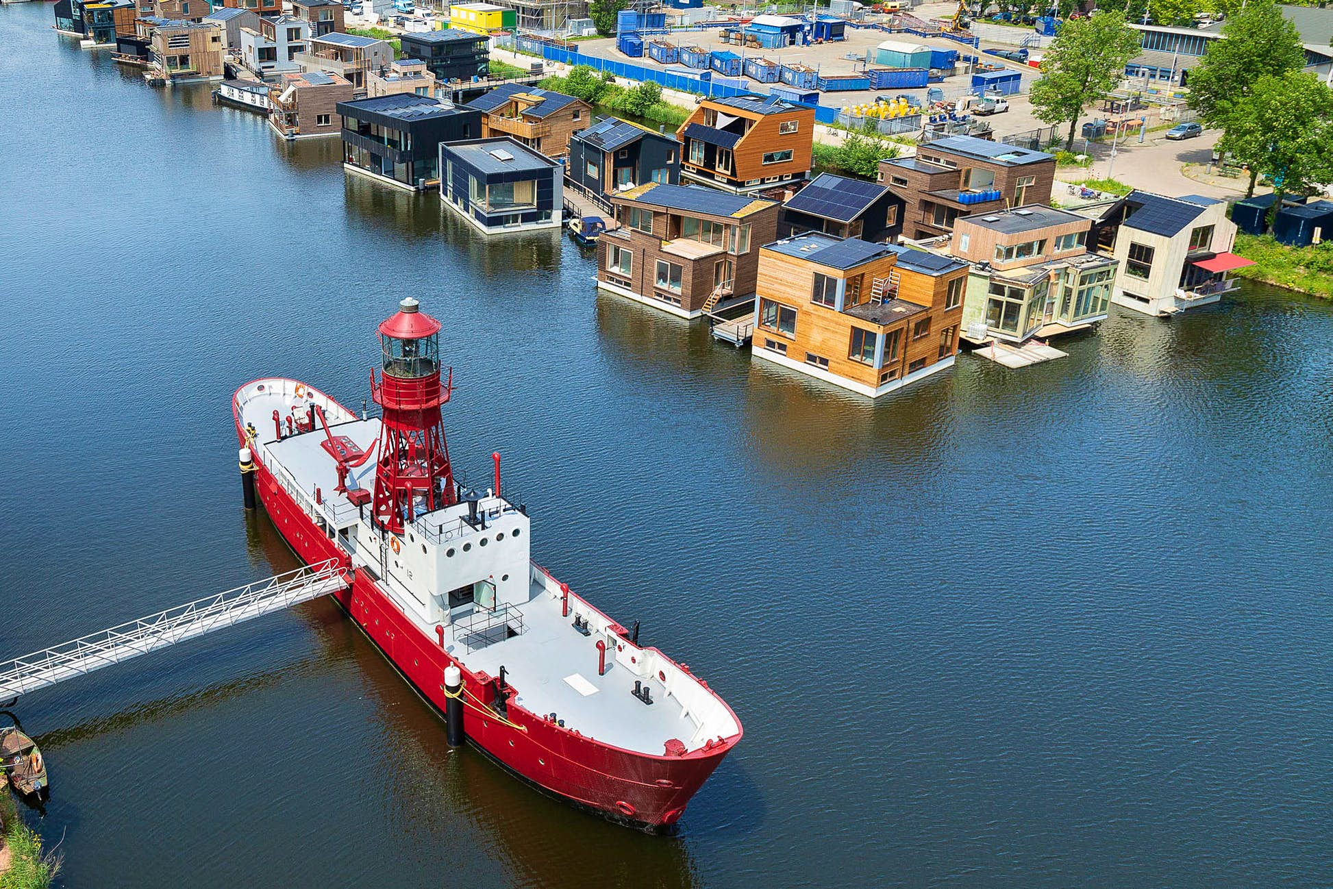 Located in Amsterdam-Noord, the B&B is close to many cultural hotspots © Lightship Amsterdam
