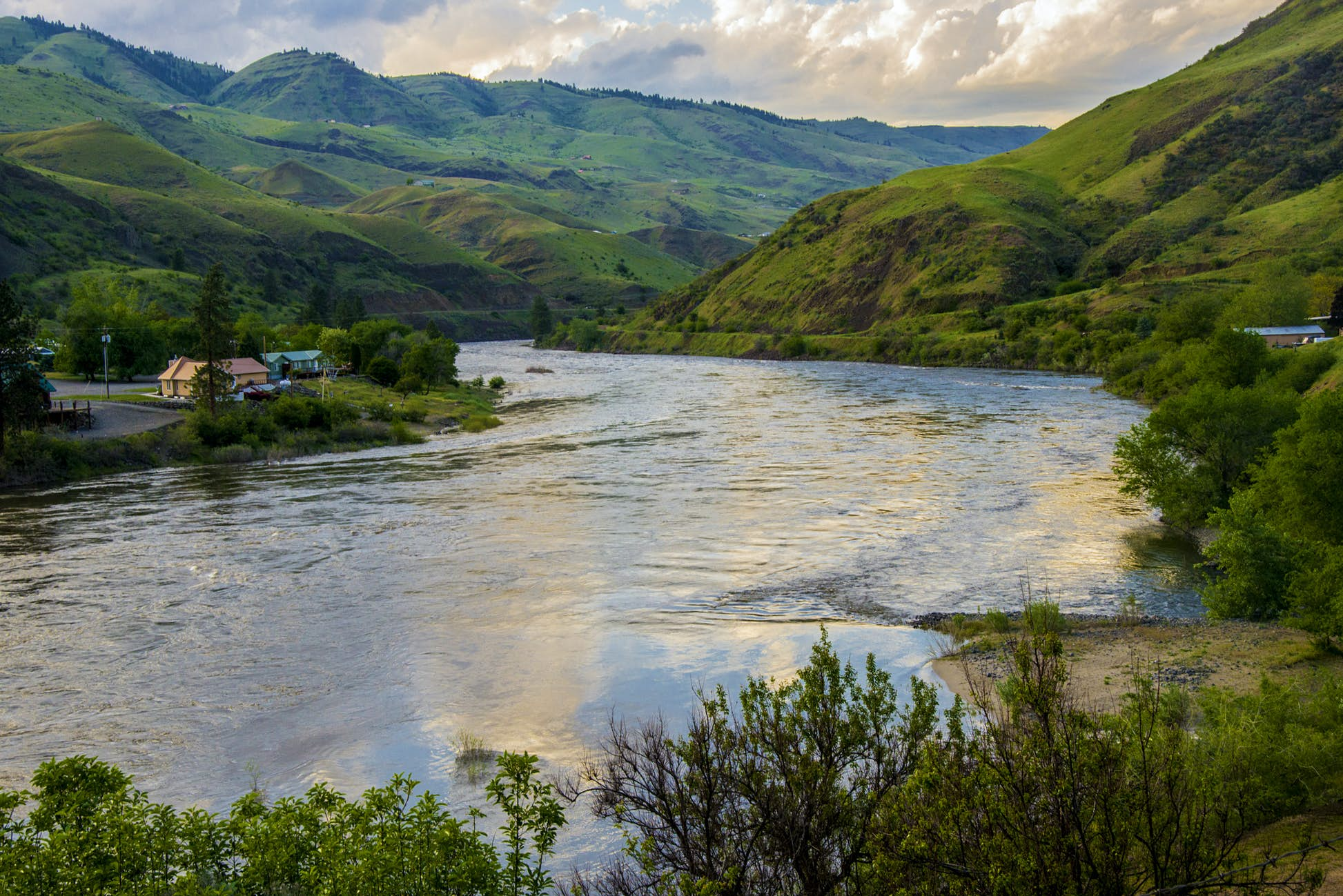 Enjoy some wilderness with your water sports on the Salmon River © Danita Delimont / Getty Images