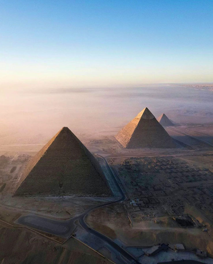 The Great Pyramid is almost perfectly aligned along the cardinal points © Shutterstock / Mellouk Quider