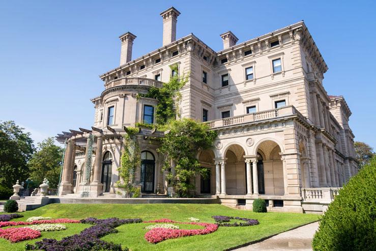 The Breakers mansion in Newport, Rhode Island, was built by Cornelius Vanderbilt ©bodhichita/Shutterstock