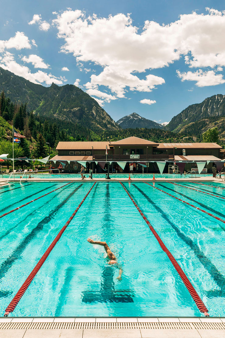 Lap swimmer at Ouray Hot Springs ©Chip Kalback/Lonely Planet