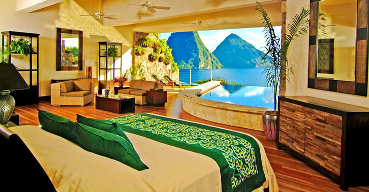 With a private pool overlooking the ocean, it would be easy to stay in all day long © Courtesy of Jade Mountain Resort