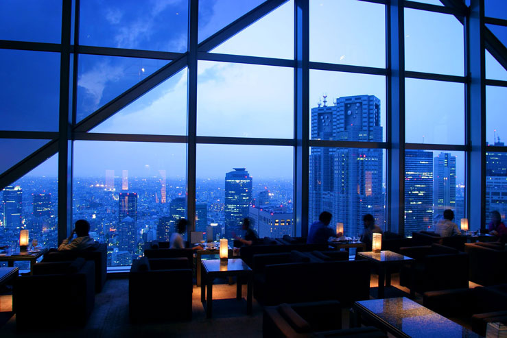 """Even if you've never visited Japan, you might recognize the Park Hyatt Tokyo from Sophia Coppola's 2003 film """"Lost In Translation"""" © Greg Elms / Getty Images"""