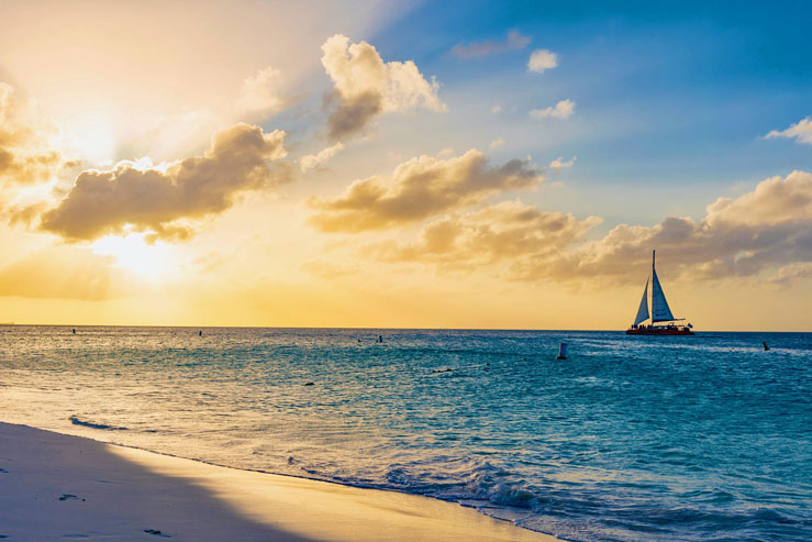 There's something for everyone to enjoy in Aruba © DiegoMariottini / Shutterstock