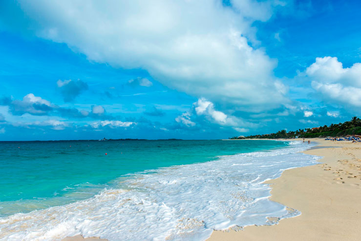 Cabbage Beach is a great spot for watersports © AlpamayoPhoto / Getty Images