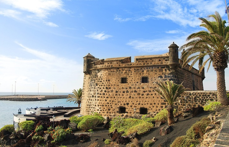 Travelers returning to the UK from Lanzarote will have to self-isolate © Joanna Zaleska/Shutterstock