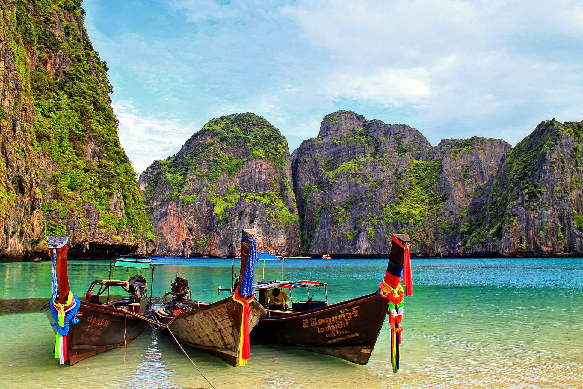 Maya Bay, Koh Phi Phi, Thailand ©Aaron Morgan/500px