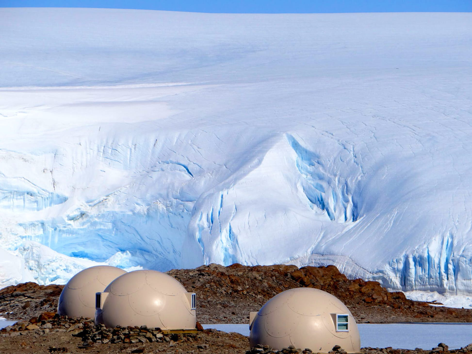 You don't need to rough it to camp in Antarctica © White Desert